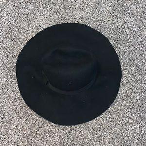 AMERICAN EAGLE/ARIE BLACK HAT